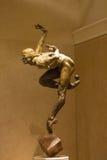 雕象太阳马戏团艺术家的陈列在贝拉焦h 免版税库存照片