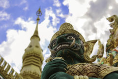 雕象寺庙 免版税库存图片