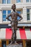 雕象小亲爱的在阿姆斯特丹,荷兰 免版税库存图片