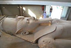 雕象拉姆西斯II 库存图片