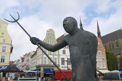 雕象的外部在新市场正方形的在罗斯托克,德国 图库摄影