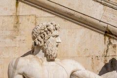 雕象看法在前面,阿尔塔雷della帕特里亚,威尼斯广场,罗马意大利的 库存照片