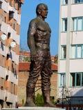 雕象纪念的油摔跤手Huseyin Pehlivan在泰基尔达,土耳其 免版税库存照片