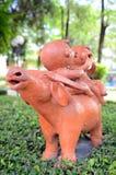雕象 免版税库存图片