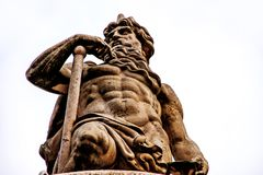 雕象Danubius在布达佩斯 免版税库存图片