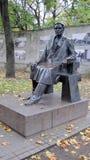 """雕象Kazys Grinius-立陶宛(1866年12月17日†""""1950 6月4总统日) 图库摄影"""