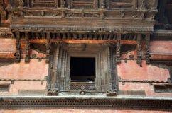 雕刻在加德满都Durbar广场尼泊尔的Hanuman Dhoka 库存图片