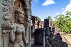 雕刻在寺庙墙壁上 库存图片