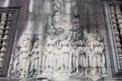 雕刻在吴哥窟暹粒省柬埔寨的Apsara 免版税库存图片