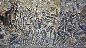 雕刻在吴哥窟的墙壁 图库摄影