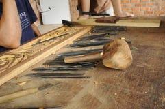 雕刻木的工具 免版税库存图片
