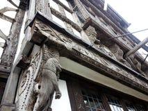 雕刻生活模式故事泰国木头 免版税库存照片