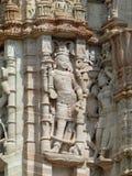 雕刻细节在耆那教的塔, Chittaurgarh,拉贾斯坦的 免版税库存照片