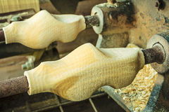 雕刻荷兰木障碍物 免版税库存照片