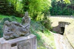 雕刻Cesky Sternberk城堡,捷克前面  库存照片