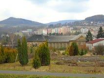 雨天在共产主义之后工业重镇在捷克,欧洲 免版税库存照片