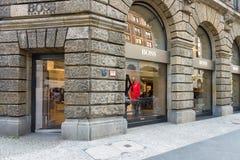 雨果在Friedrichstrasse的上司精品店 免版税库存图片