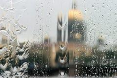 雨窗口外 库存图片