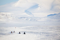 雪上电车斯瓦尔巴特群岛 免版税库存照片