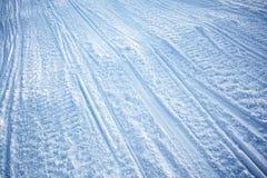 雪上电车纹理跟踪 免版税库存照片