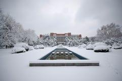 雪中国科学技术大学冬天场面  免版税库存图片