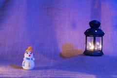 雪人和灯笼 库存照片