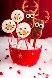 雪人和驯鹿蛋糕流行音乐 免版税库存图片