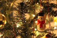 雪人经典圣诞节装饰 免版税库存图片