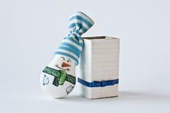 雪人-手工制造圣诞节纪念品 免版税库存照片