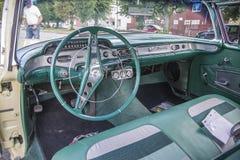 1958年雪佛兰因帕拉Hardtop小轿车,待售 免版税图库摄影