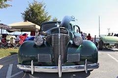 1939年雪佛兰小轿车正面图 免版税图库摄影