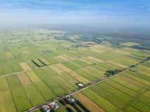 雪兰莪,马来西亚2017年11月15日:稻田鸟瞰图在Sungai Sireh,瓜拉雪兰莪的 库存图片