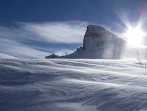 雪加盖的山 免版税库存照片