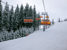 滑雪升降椅 库存照片