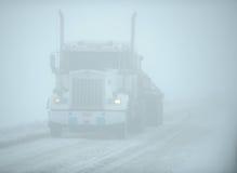 雪卡车 库存图片