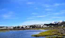 雪和水在冬天 免版税库存照片