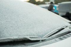 雪和霜在挡风玻璃 免版税库存照片