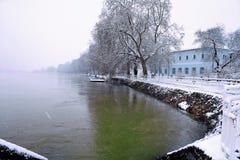 雪和raind 免版税库存照片