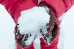 雪在手上 免版税库存照片