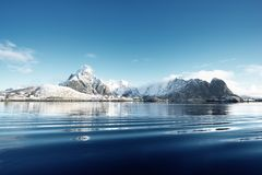 雪在雷讷村庄, Lofoten海岛 库存图片