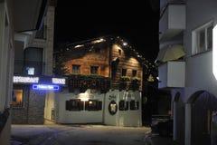 滑雪在Ischgl 2013年12月 库存照片