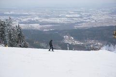 滑雪在Izera山在波兰 免版税图库摄影