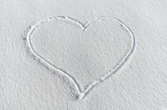 雪心脏 免版税库存照片