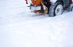 雪拖拉机 免版税库存图片