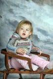 雪撬的女孩 免版税库存图片