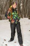 滑雪服的美丽的妇女在户外冬天,阿尔玛蒂,哈萨克斯坦,亚洲 免版税库存图片