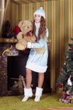 雪未婚暂挂的玩具熊 免版税库存图片