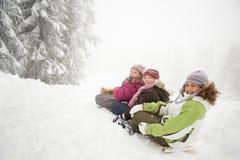 雪橇的孩子 库存图片