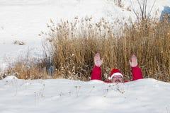 雪漂泊的圣诞老人 库存照片