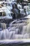 雪瀑布 库存图片